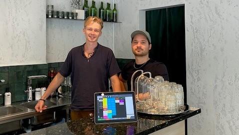 Alexandr Sadovskis og Edwin Razumov Vin&Colonialen Trivec kund